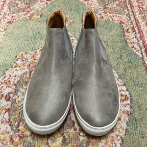 ankle height slip ons